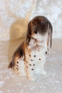 Sitzendorf Porcelænshund